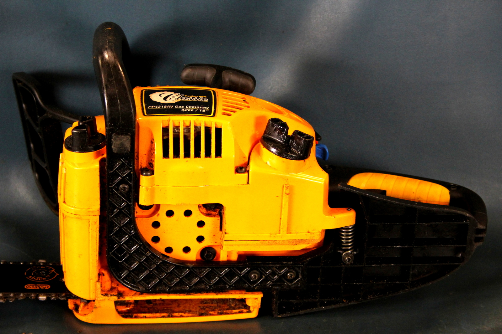 Poulan Pro Classic 18 Inch 42CC 2 Cycle Gas Chainsaw model ...
